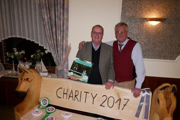 Holzbank_Charity2017